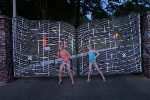 Graceland (USA)-2014