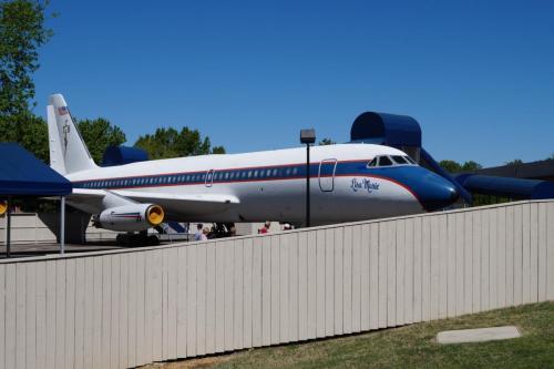 Elvis' planes (1)
