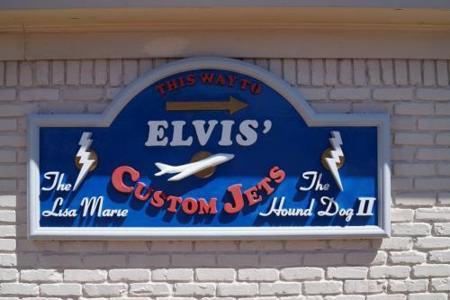 Elvis' planes (6)