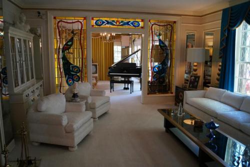 Graceland again (12)