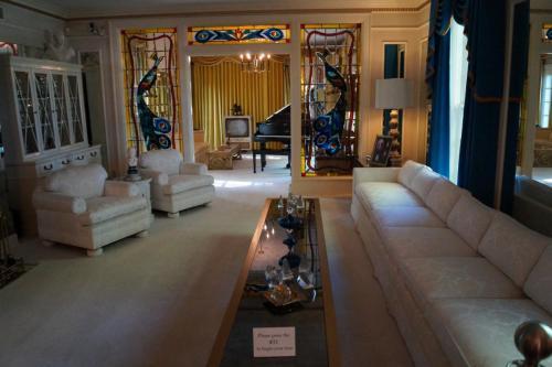 Graceland inside (11)