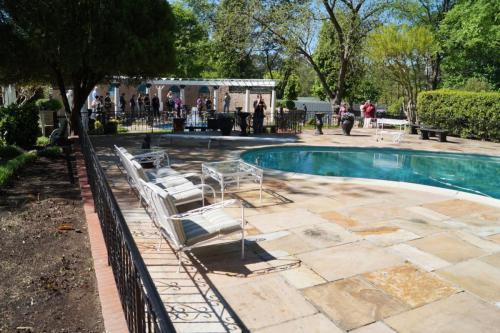 Graceland inside (176)